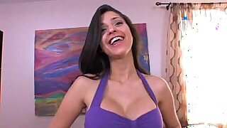Hot latina gets a facial after riding on some like that