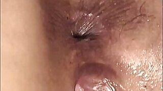 Kinky lesbo ass banged closeup